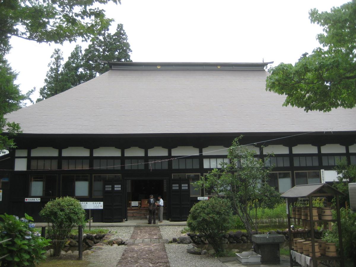 米沢を歩く(5)上杉家ゆかりの地 その2_c0013687_1993714.jpg