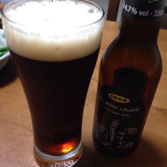 晩ご飯にIKEAの黒ビール(^_^)☆_a0004752_19462294.jpg