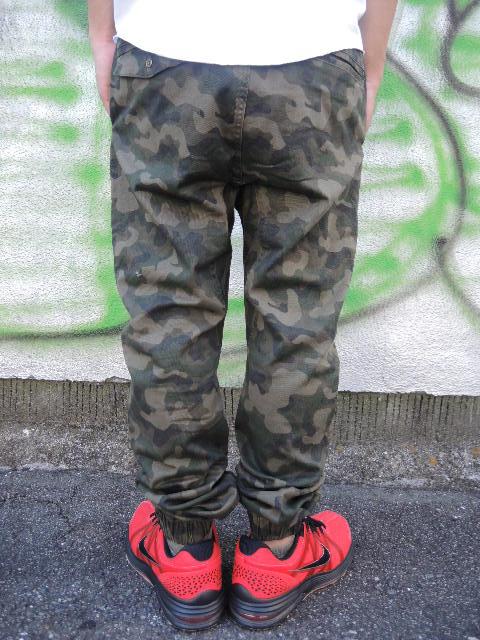 ZANEROBE JOGGER PANTS STYLE!!!_a0221253_21245145.jpg