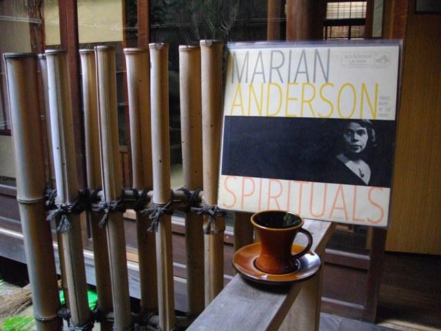 SPIRITUALS / MARIAN ANDERSON_e0230141_10115466.jpg