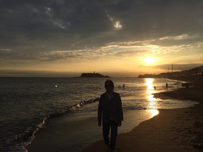 七里ヶ浜を歩きながら_c0113755_03031062.jpg
