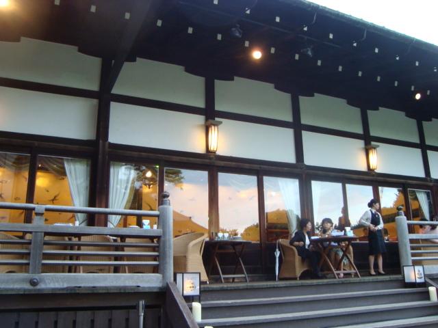 信濃町「明治記念館 ビアテラス 鶺鴒」へ行く。_f0232060_14501470.jpg