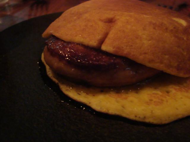 渋谷「アルルの食堂 urura ウルラ」へ行く。_f0232060_16442846.jpg