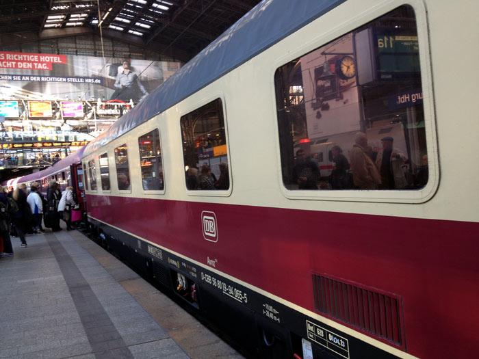 No.63 9月29日 ハンブルク駅_a0047200_21275279.jpg