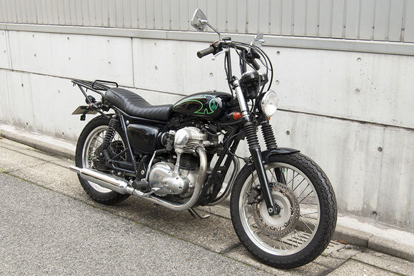 FOR SALE!!! KAWASAKI W650_e0182444_13481083.jpg