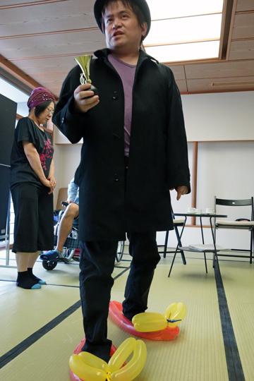 本物の名探偵ハウンドこと犬飼警部補(6) The Real Inspector Hound(6) 小劇場楽園_f0117059_2111359.jpg