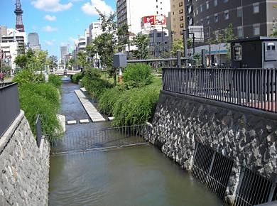 創成川公園_f0078286_10281439.jpg