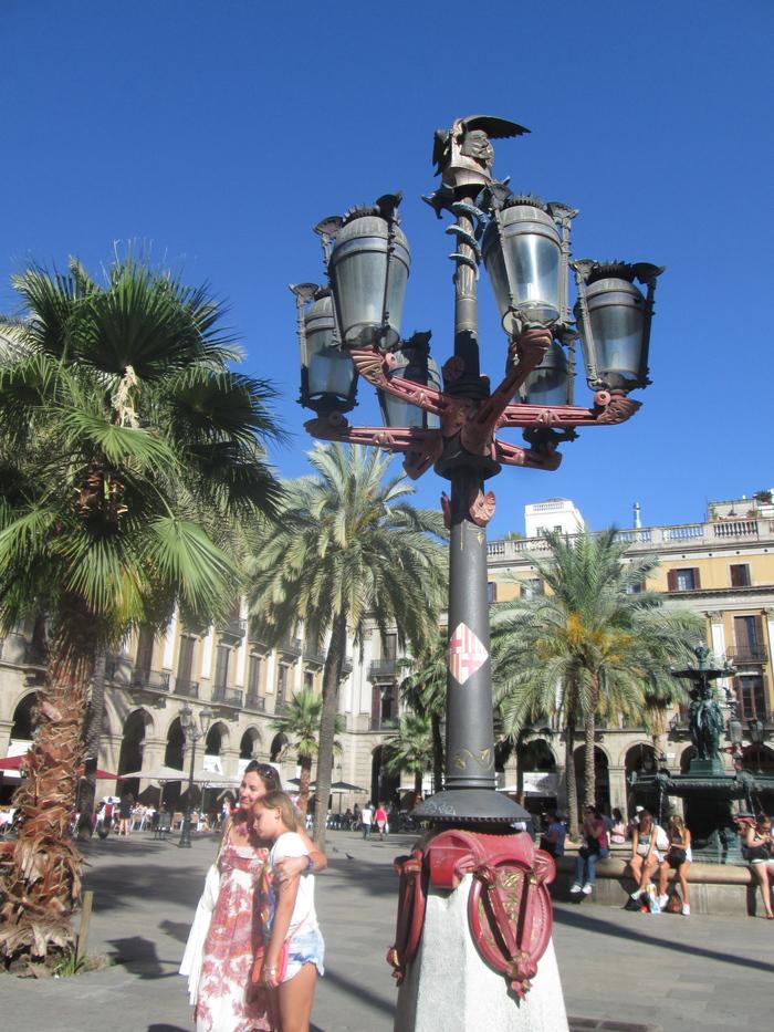 バルセロナ 旧市街(7月10日)_c0100195_1538499.jpg