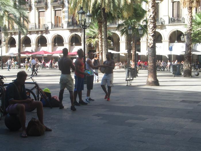 バルセロナ 旧市街(7月10日)_c0100195_15501483.jpg