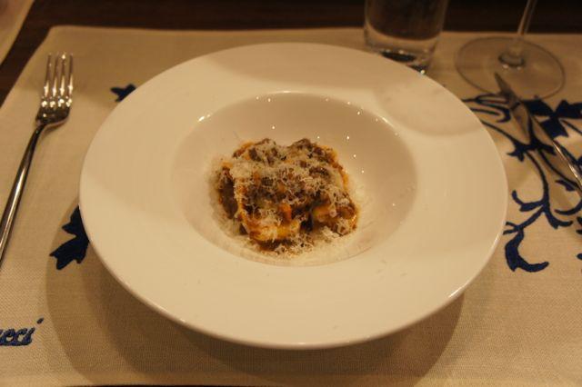 新イタリアンレストラン『イタリアーノプント』オープン。トウハラがデザイン関係担当させていただきました。_c0061896_18155794.jpg