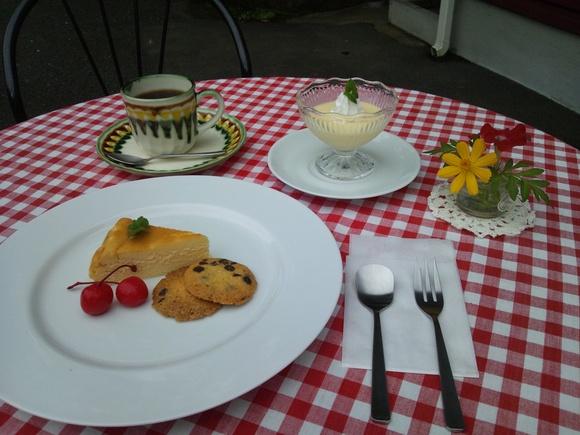 cafe BONNE誕生会_a0246457_16341741.jpg