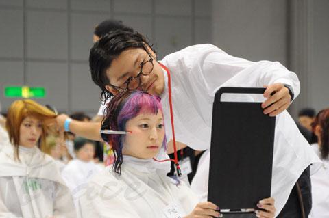 【CONTEST】日本一ハイレベルな美容コンテスト「三都杯」にブレススタッフが挑戦しました!_c0080367_21492403.jpg