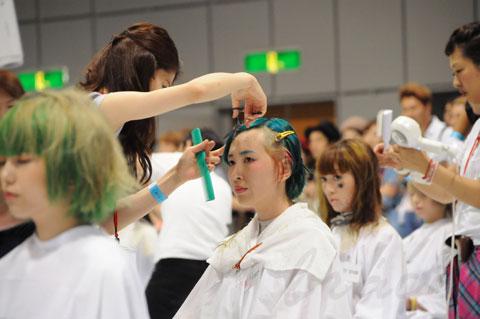 【CONTEST】日本一ハイレベルな美容コンテスト「三都杯」にブレススタッフが挑戦しました!_c0080367_21502723.jpg