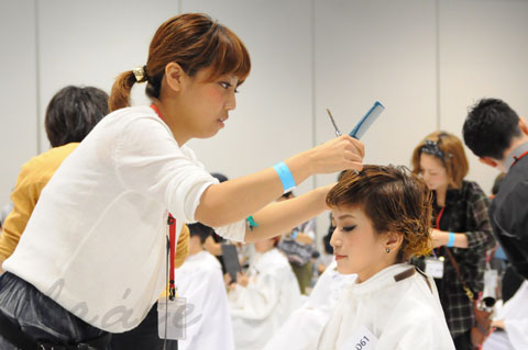 【CONTEST】日本一ハイレベルな美容コンテスト「三都杯」にブレススタッフが挑戦しました!_c0080367_21502738.jpg