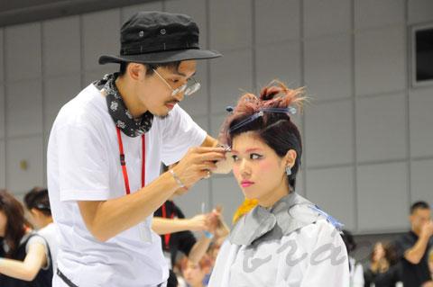 【CONTEST】日本一ハイレベルな美容コンテスト「三都杯」にブレススタッフが挑戦しました!_c0080367_21502781.jpg