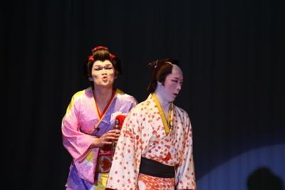 劇団悠 祝初日開演!_f0079071_1565957.jpg