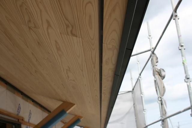 小屋裏・屋根の換気と通気_e0145995_14265978.jpg