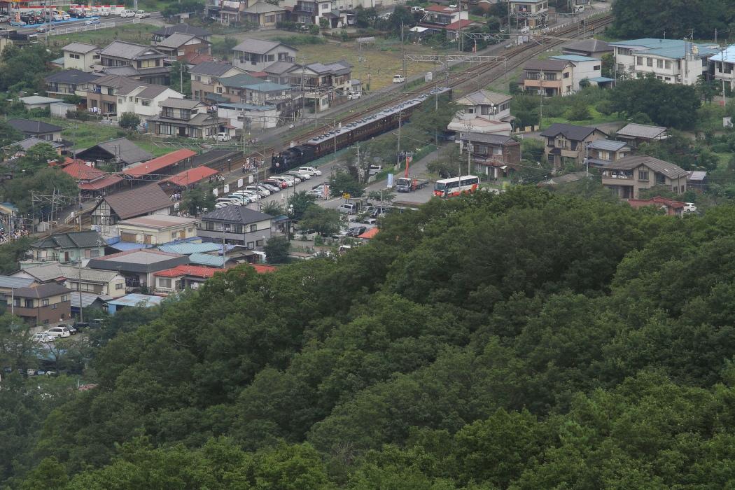 長瀞駅到着だけ煙が撮れた日曜日 - 2014年晩夏・秩父 -   _b0190710_2372699.jpg