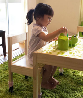 ミニテーブル&チェア 小さな思い出達を活用♡_d0224894_14355933.jpg