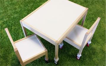 ミニテーブル&チェア 小さな思い出達を活用♡_d0224894_1436040.jpg