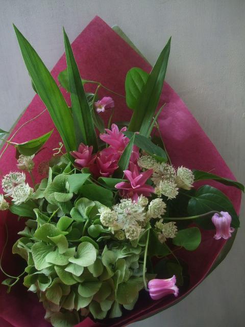 オークリーフ(クルクマを入れた季節の花束)_f0049672_16131830.jpg