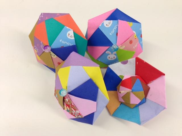 折り紙で傘~♪_f0243509_12223496.jpg