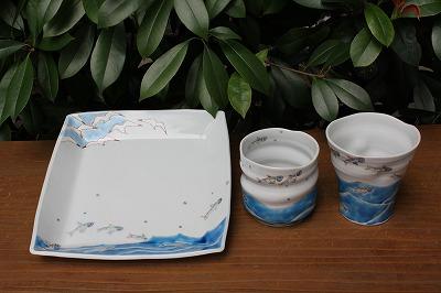 九谷焼作家、川合孝知さんのうつわが入荷しました。(2014年9月5日)_a0139239_1553406.jpg