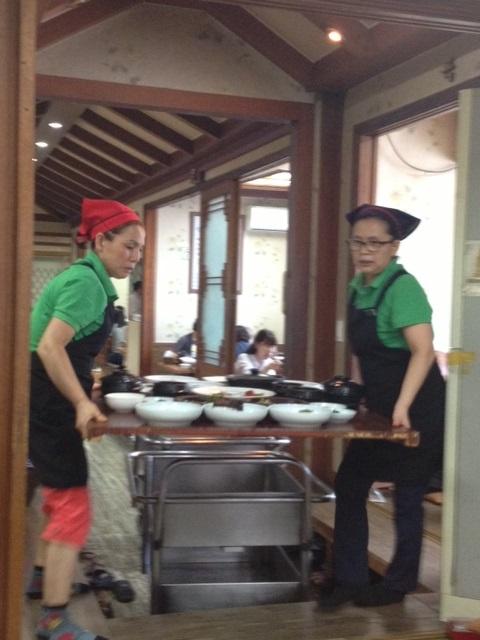 利川で「白飯定食」と「廣州窯(カンジュヨウ)」_b0060363_21593487.jpg