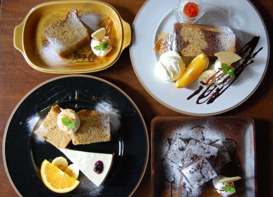 小さなお皿デザート 登場_c0250976_043355.jpg
