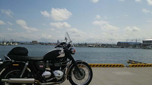ボンネビルで岡山から境港「魚山亭」へ_e0173183_10574153.jpg