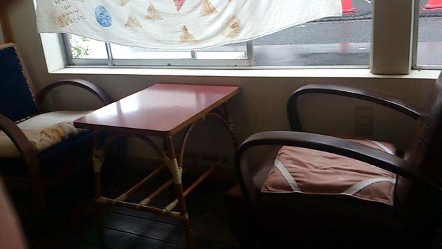 食堂 カルン でランチ_e0115904_21525027.jpg