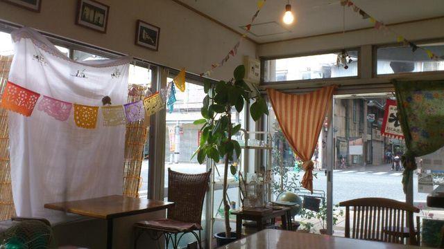 食堂 カルン でランチ_e0115904_22564275.jpg