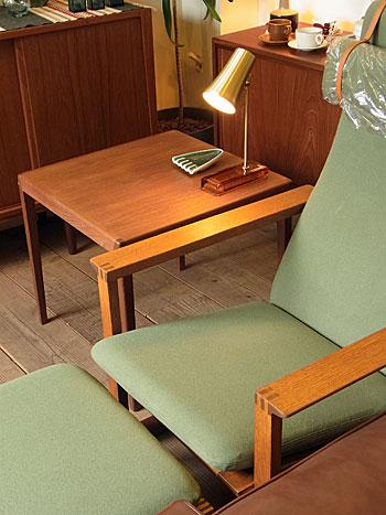 table lamp_c0139773_1853142.jpg