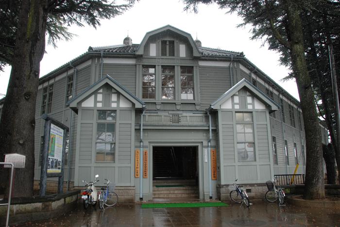 旧松本高等学校(あがたの森文化会館)写真_e0171573_23573219.jpg