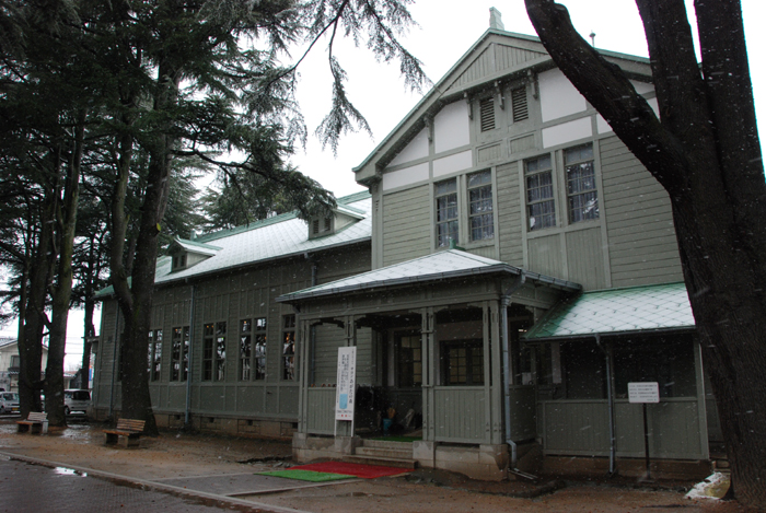 旧松本高等学校(あがたの森文化会館)写真_e0171573_23582273.jpg