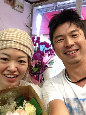 リアル店長と写メクーポン。なんば駅の花屋までわざわざ来ていただいて、ありがとうございます。_b0344880_11355688.jpg