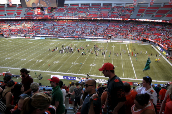 熱血カナディアン・フットボールを観戦してみませんか?_d0129786_535236.jpg