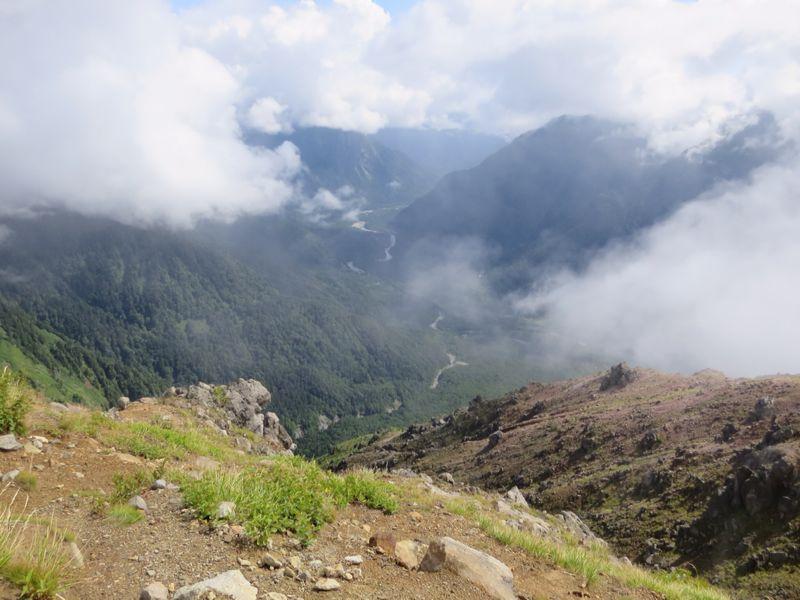 焼岳から上高地を望む(水彩画)_e0233674_2162818.jpg