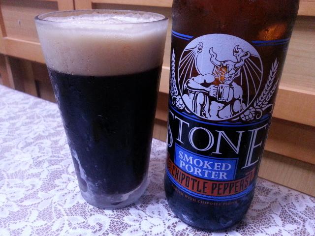今夜のビールVol.171 ストーン・ブリューイング スモークドポーターチポトレ 650ml ¥1,630_b0042308_143874.jpg