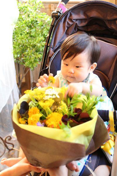 1歳 誕生日の花_d0086634_20005397.jpg