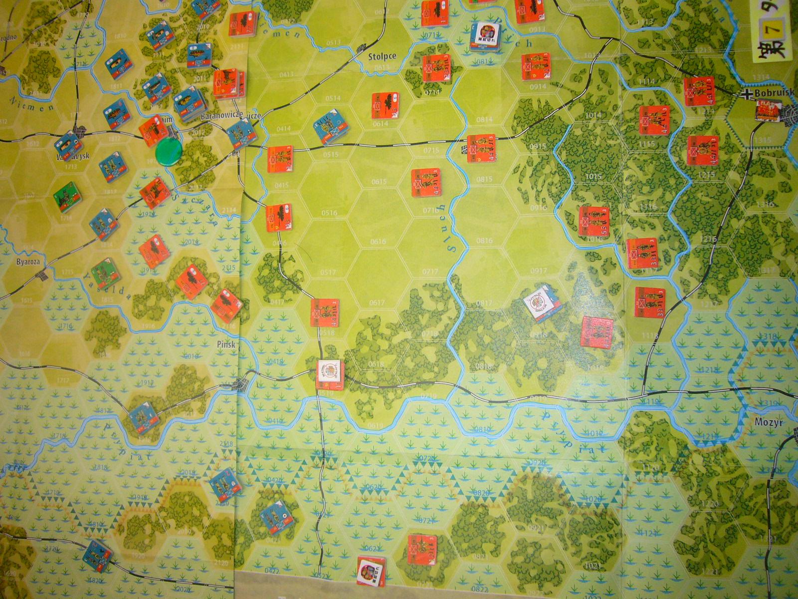 YSGA 9月例会の様子その5(仏C&H社製の東部戦線1944 『バグラチオン作戦』+『ワルシャワ蜂起』)その➌_b0173672_00072823.jpg