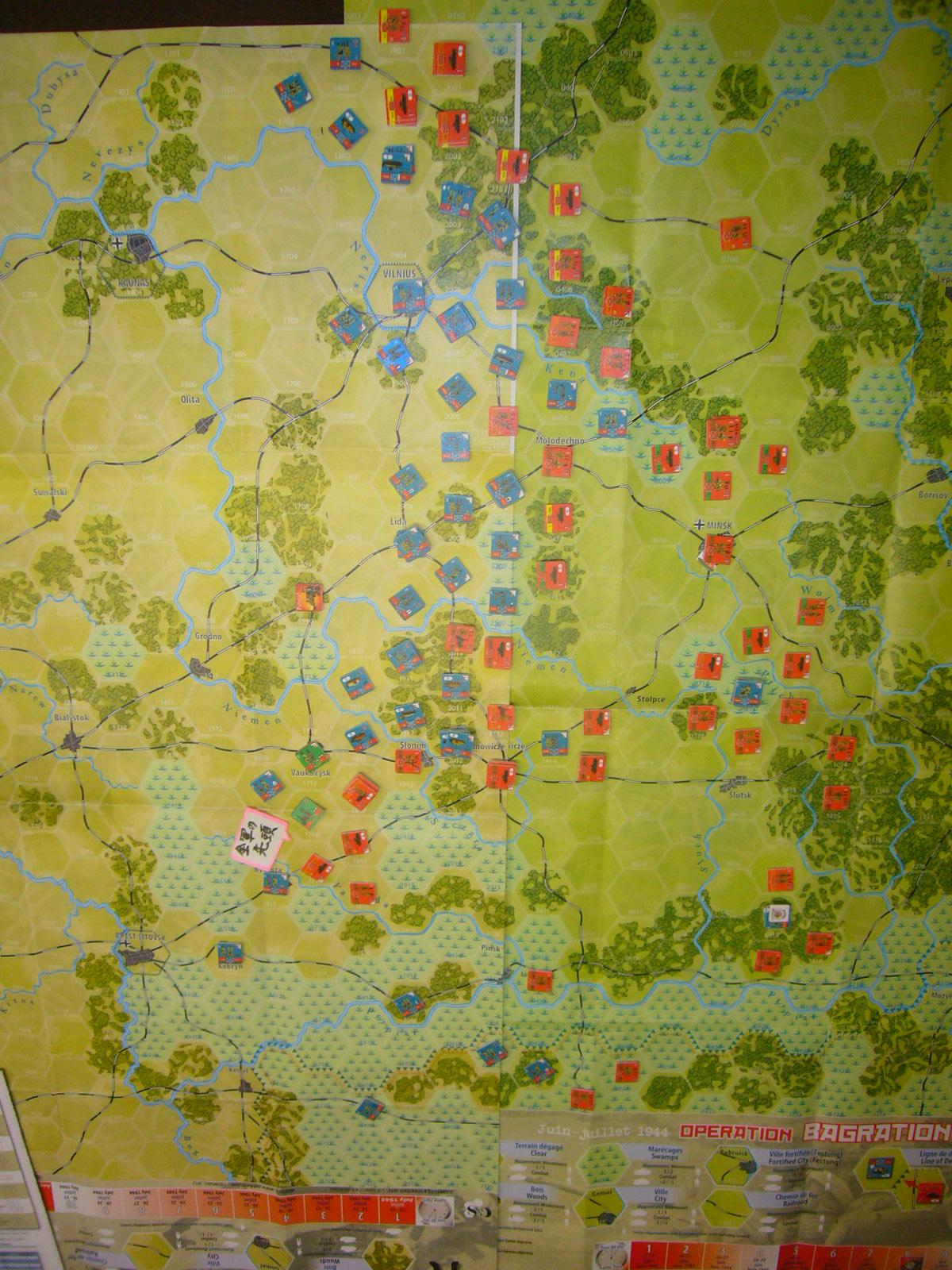 YSGA 9月例会の様子その5(仏C&H社製の東部戦線1944 『バグラチオン作戦』+『ワルシャワ蜂起』)その➌_b0173672_00084047.jpg