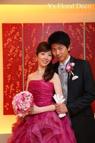 チェリーピンクのドレスに ピンク色のバラブーケ_b0113510_15212951.jpg
