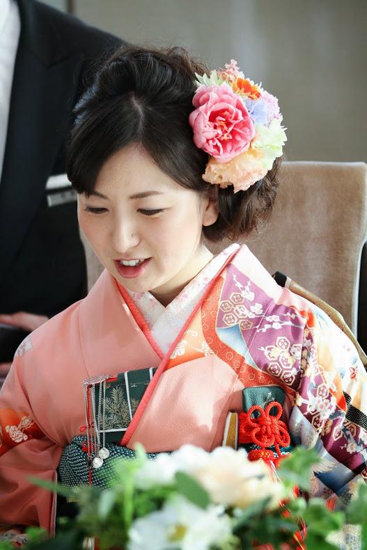 新郎新婦様からのメール 手作りの花、振袖の花、そして芍薬の季節に パレスホテル東京さまへ1_a0042928_21543148.jpg
