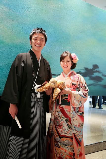 新郎新婦様からのメール 手作りの花、振袖の花、そして芍薬の季節に パレスホテル東京さまへ1_a0042928_21564148.jpg