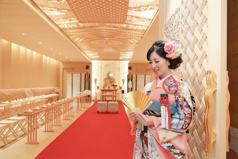 新郎新婦様からのメール 手作りの花、振袖の花、そして芍薬の季節に パレスホテル東京さまへ1_a0042928_21572923.jpg