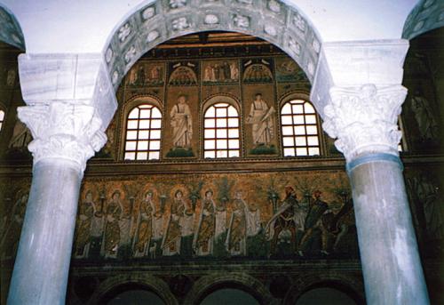 ラヴェンナ、グッビオ、ウルビーノ、リミニ、ミラノ_e0097130_10401345.jpg