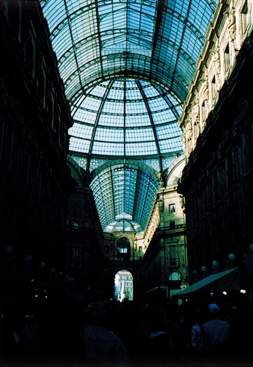ラヴェンナ、グッビオ、ウルビーノ、リミニ、ミラノ_e0097130_10441450.jpg