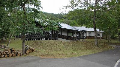 コテージ村の様子_b0219993_1823632.jpg