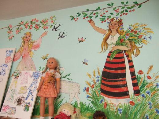 ルーマニアの幼稚園 ①  _c0042797_2238472.jpg